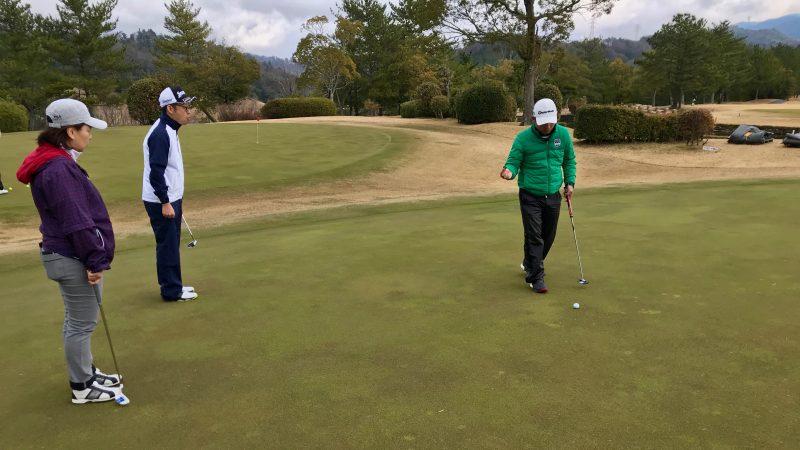 ゴルフレッスンパッティングの写真