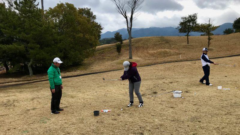 ゴルフレッスンアプローチの写真1