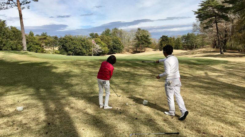 GEN-TENゴルフコースレッスングリーン奥からのアプローチの写真
