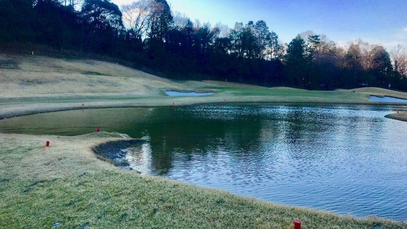 ゴルフコースペナルティーエリアの写真