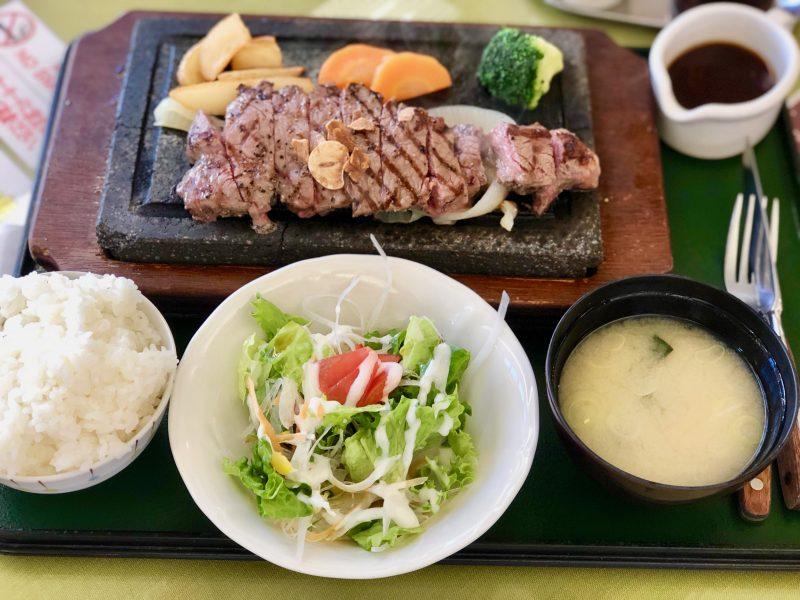 GEN-TENゴルフコースレッスン昼食ステーキ