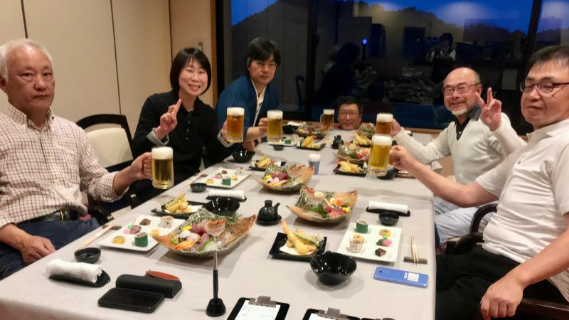 GEN-TENゴルフコースレッスンエクセレントゴルフクラブ一志温泉コース夕食の様子の写真