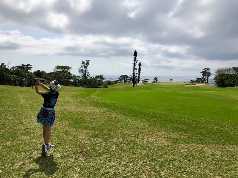 GEN-TENゴルフコースレッスンセカンドショットの写真
