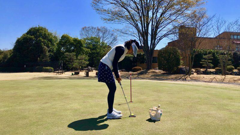 GEN-TENゴルフコースレッスンパット練習グリーン後方