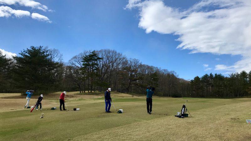 GEN-TENゴルフコースレッスン那須強化合宿ショートアイアンの練習風景の写真