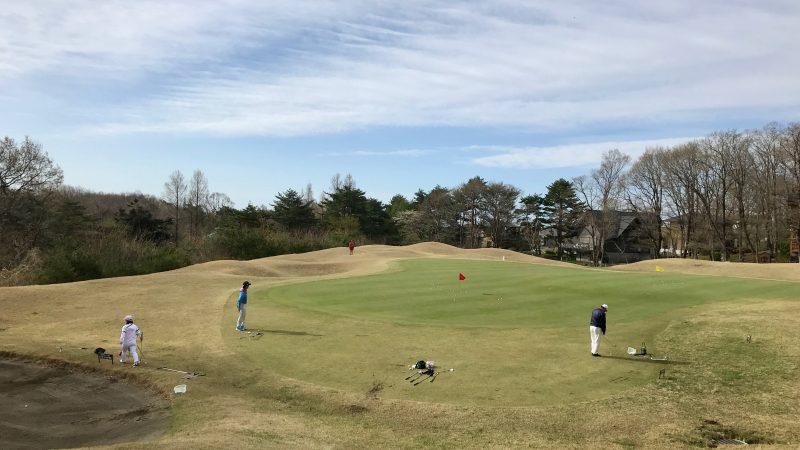 GEN-TENゴルフコースレッスン那須強化合宿早朝アプローチ練習の写真