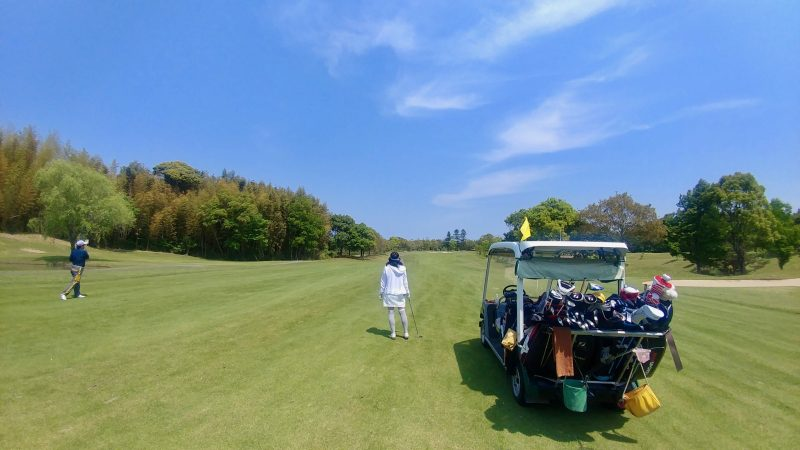 GEN-TENゴルフコースレッスン出島GCカート乗り入れの写真