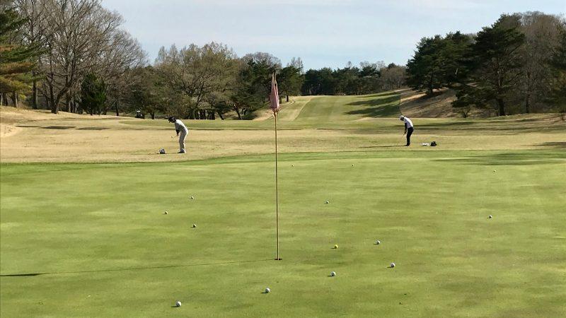 GEN-TENゴルフコースレッスン那須強化合宿30yアプローチの練習風景の写真
