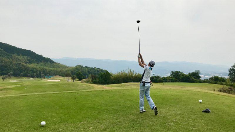 GEN-TENゴルフコースレッスン高知キャンプKochi黒潮CCティショットの写真②