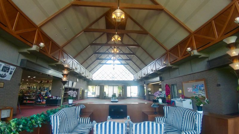 GEN-TENゴルフコースレッスン出島GCクラブハウス内ロビーの写真