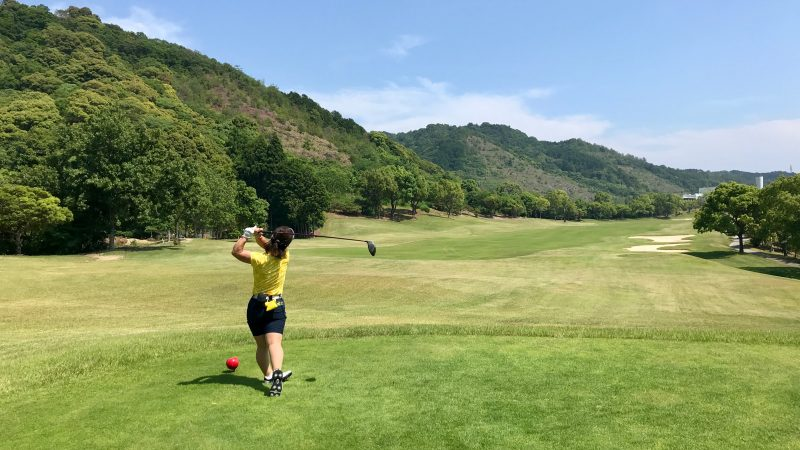 GEN-TENゴルフコースレッスン高知キャンプKochi黒潮CCティショットの写真③