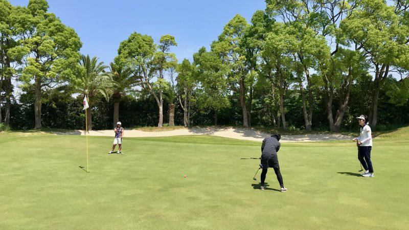 GEN-TENゴルフコースレッスン高知キャンプ土佐CCパッティングの写真②