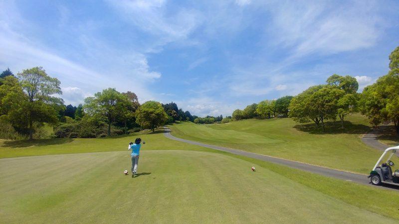 GEN-TENゴルフコースレッスン出島GCティショットの写真