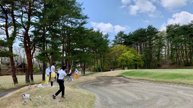 GEN-TENゴルフコースレッスン那須国際CC定点練習バンカー越えのアプローチの写真