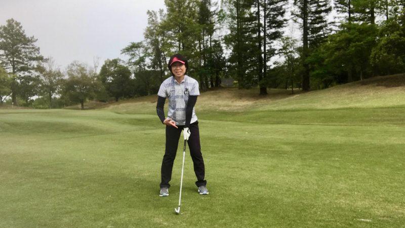 GEN-TENゴルフコースレッスン左手首に注目の写真