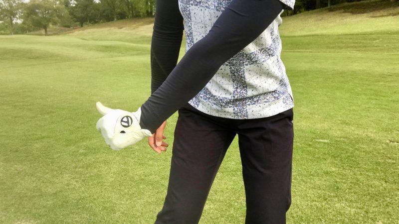 GEN-TENゴルフコースレッスン左手首ハーフウェイダウンの写真