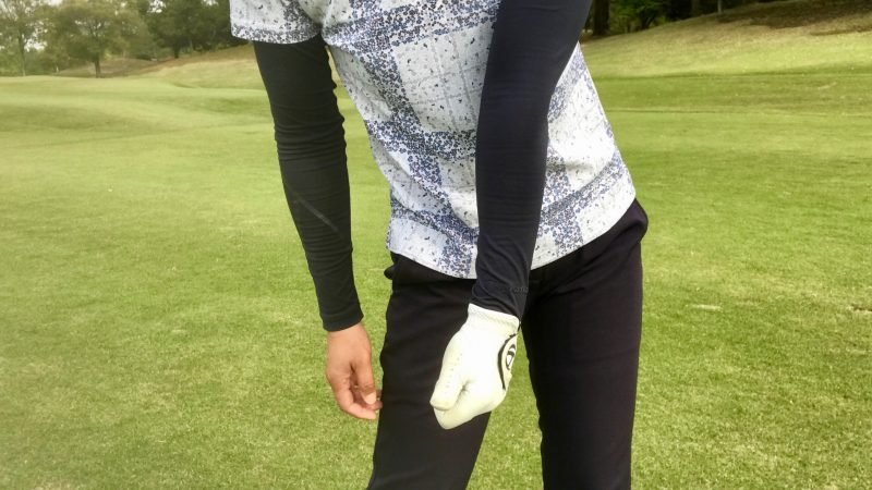 GEN-TENゴルフコースレッスン左手首インパクトの写真