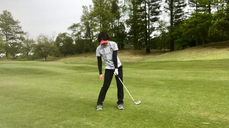 GEN-TENゴルフコースレッスン左腕一本インパクト食後の写真