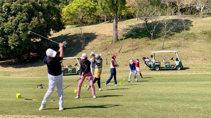 GEN-TENゴルフコースレッスンアカデミア東千葉CC定点練習の写真