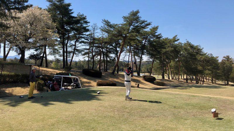 GEN-TENゴルフコースレッスンアカデミアティショットの写真