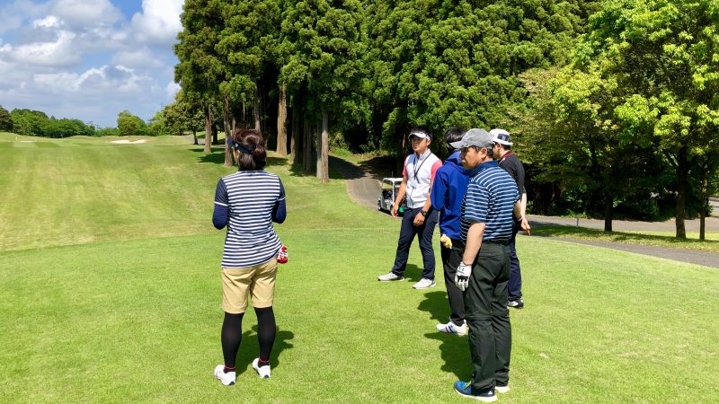 GEN-TENゴルフコースレッスンリラックスティイングエリアの写真②
