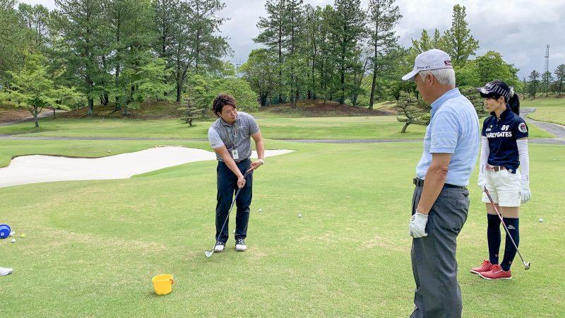 GEN-TENゴルフコースレッスン坂井 槙之介コーチのアプローチレッスンの様子7