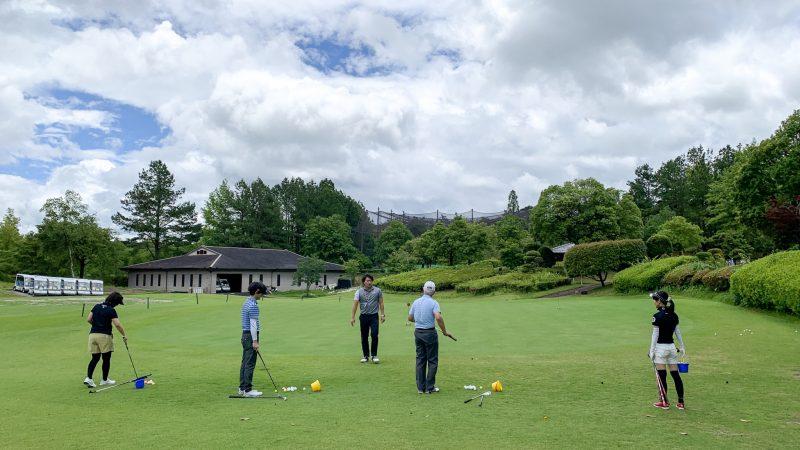 GEN-TENゴルフコースレッスン坂井 槙之介コーチのアプローチレッスンの様子8