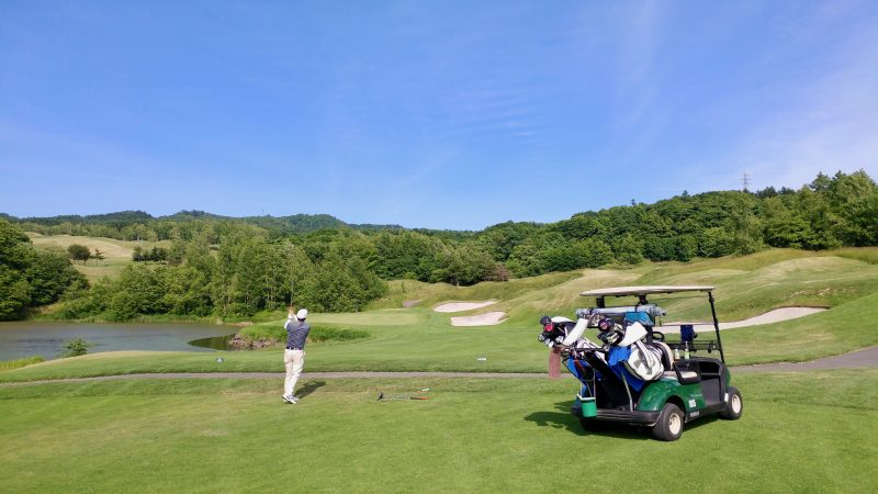 GEN-TENゴルフコースレッスンマオイゴルフリゾートフェアウェイ乗り入れの写真②
