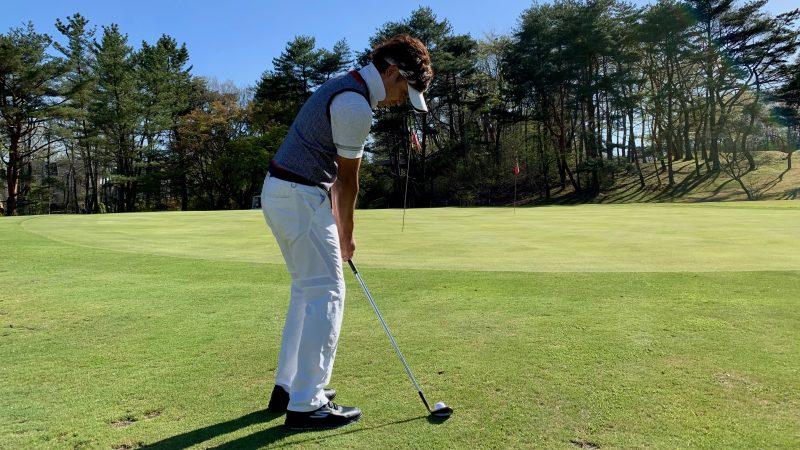 GEN-TENゴルフコースレッスンアプローチアドレスの写真②
