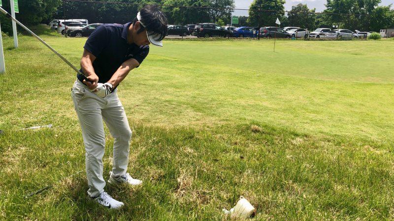 GEN-TENゴルフコースレッスンワンウェイGCラフからのアプローチの写真