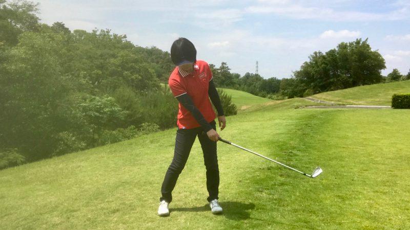 GEN-TENゴルフコースレッスン右手首の使い方フォローの写真