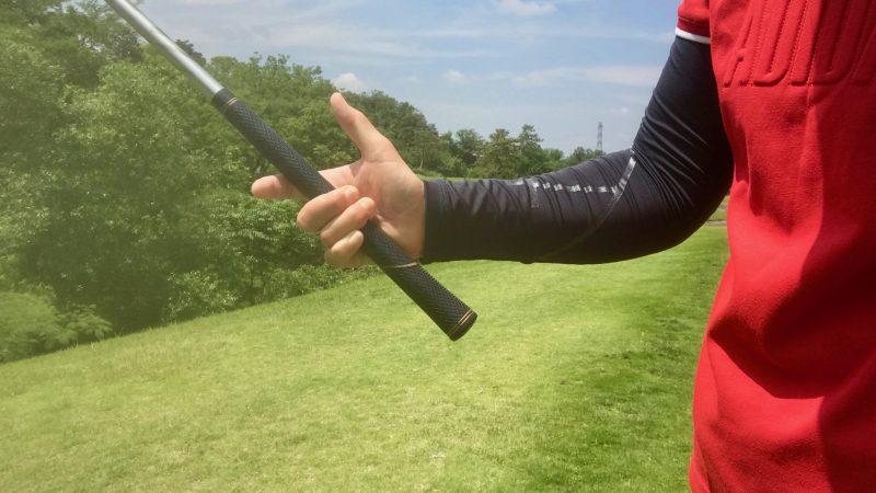 GEN-TENゴルフコースレッスン右手の握り方の写真