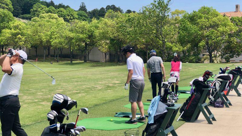 GEN-TENゴルフコースレッスンハーフラウンドショット練習の写真