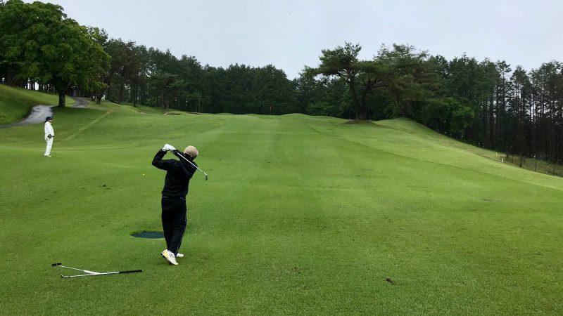 GEN-TENゴルフコースレッスン朝霧CCセカンドショットの写真
