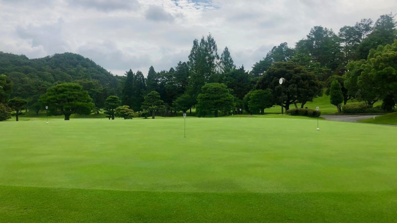GEN-TENゴルフコースレッスン千刈CCパッティンググリーンの写真