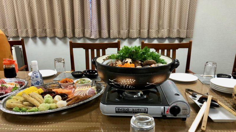 GEN-TENゴルフコースレッスントライフィールド夕食鍋の写真