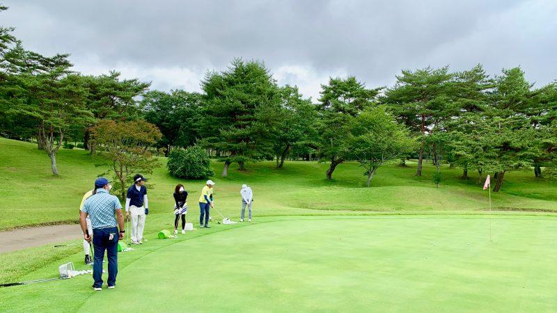 GEN-TENゴルフコースレッスントライフィールドチップインゲーム正面からの写真
