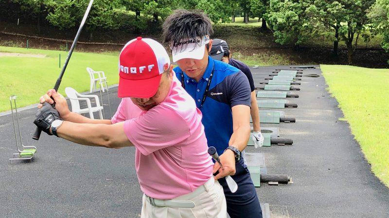 GEN-TENゴルフコースレッスン体験レッスン腰の動きのアドバイスの写真