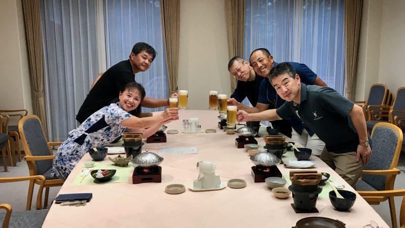 GEN-TENゴルフコースレッスンJOYXGC夕食風景の写真