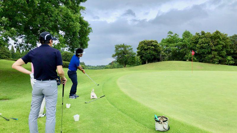 GEN-TENゴルフコースレッスン体験レッスンアプローチの定点練習の写真