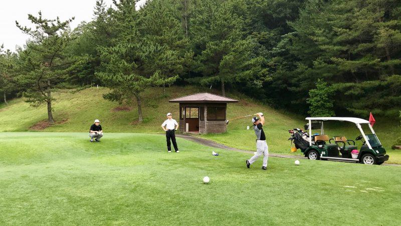 GEN-TENゴルフコースレッスン早朝ハーフデモショットの写真