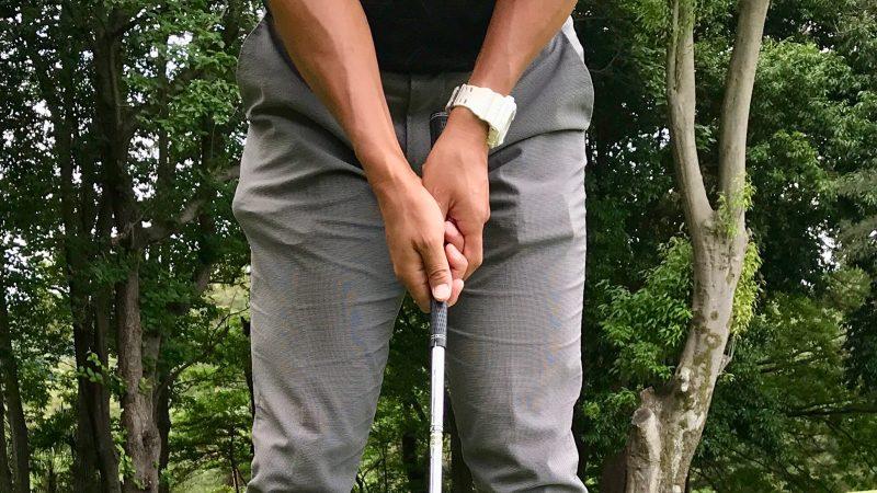 GEN-TENゴルフコースレッスンウェッジでパッティンググリップの写真