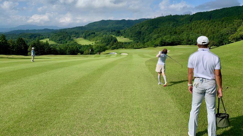 GEN-TENゴルフコースレッスンギャツビイGCフェアウェイからのショットの写真②