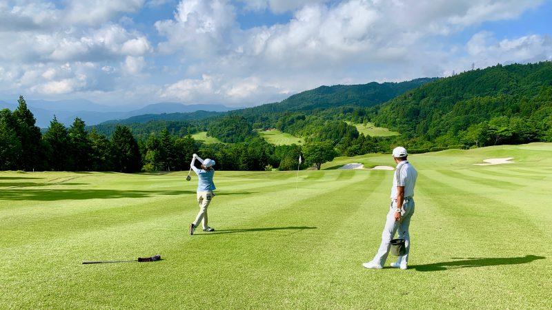 GEN-TENゴルフコースレッスンギャツビイGCフェアウェイからのショットの写真③