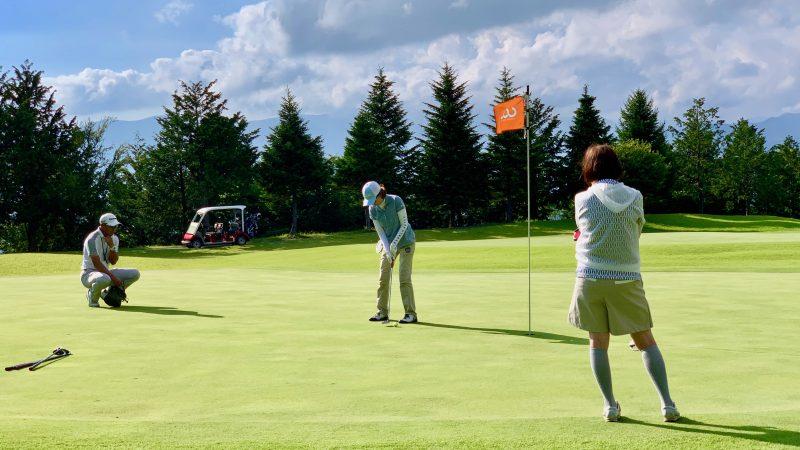 GEN-TENゴルフコースレッスンギャツビイGCパッティングの写真