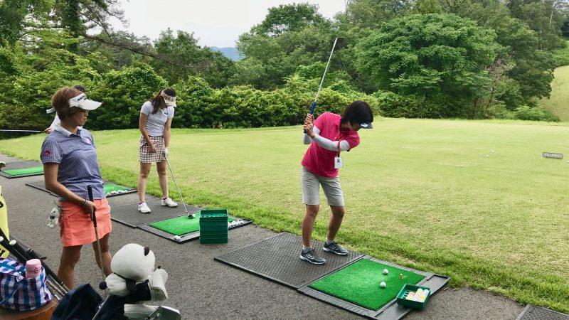 GEN-TENゴルフコースレッスンスリーレイクスCCデモショットの写真