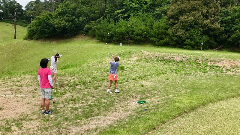 GEN-TENゴルフコースレッスンスリーレイクスCCアプローチ練習の写真