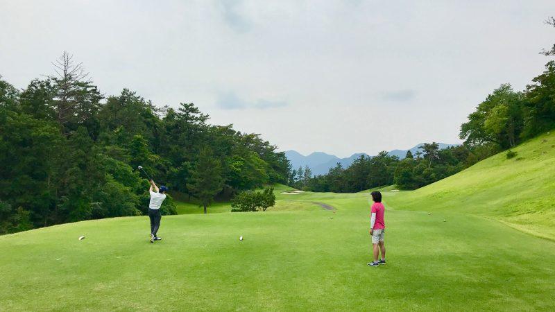 GEN-TENゴルフコースレッスンスリーレイクスCCティショットの写真