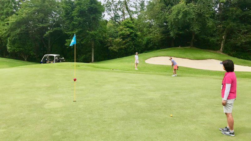 GEN-TENゴルフコースレッスンスリーレイクスCCアプローチの写真