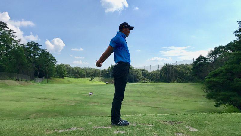 GEN-TENゴルフコースレッスン胸椎のストレッチの写真②